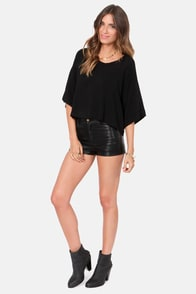 Weave a Tale Black Top at Lulus.com!