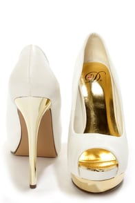 My Delicious Flight White and Gold Peep Toe Platform Pumps at Lulus.com!