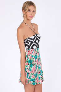 Hurley Camilla Mixed Print Dress at Lulus.com!