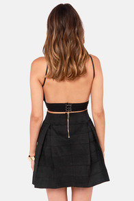 I'm with the Band-age Black Bandage Skirt at Lulus.com!