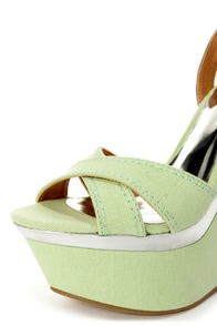 My Delicious Angeni Mint and Silver Platform Wedge Sandals at Lulus.com!