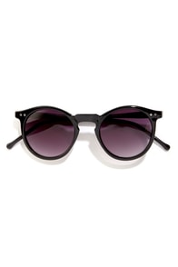 Opie Black Sunglasses at Lulus.com!