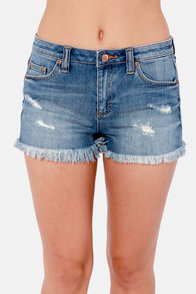 Dittos Montana Distressed Cutoff Jean Shorts at Lulus.com!