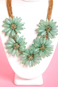 Pocketful of Posies Seafoam Statement Necklace at Lulus.com!