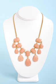 Gem-balaya Peach Statement Necklace at Lulus.com!