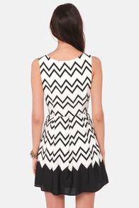 All-Star Lineup Black Chevron Print Dress at Lulus.com!