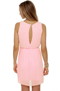 LULUS Exclusive Re-pleat After Me Pink Dress at Lulus.com!