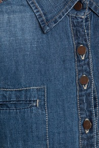 Blank NYC Studded Denim Shirt at Lulus.com!