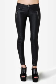 Blank NYC Moto Ankle Skinny Black Vegan Leather Pants at Lulus.com!