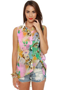 Cutting Room Floral Print Top at Lulus.com!
