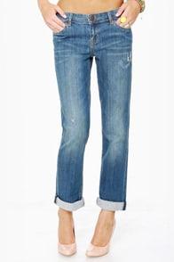 Dittos Sari Mid Rise Straight Leg Boyfriend Jeans at Lulus.com!