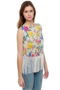 Fringe Caravan Floral Print Crop Top at Lulus.com!
