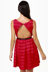 Flapper Keeper Backless Red Dress at Lulus.com!
