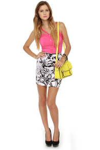 Motel Becka Black and White Tropical Print Skirt at Lulus.com!
