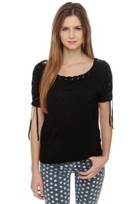 Major Lacer Short Sleeve Black Top at Lulus.com!