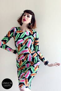 Lucca Couture Sis Plume Bah! Print Midi Dress at Lulus.com!