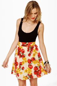 You Say Tomato Print Skirt at Lulus.com!