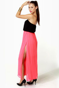 Who's Who Black and Coral Maxi Dress at Lulus.com!