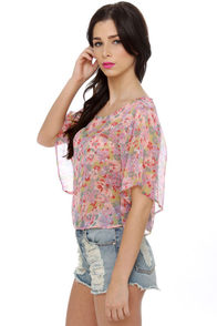 Garden View Floral Print Top at Lulus.com!