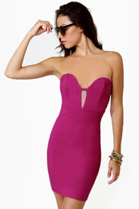 Get Low Strapless Fuchsia Dress