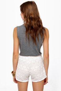 Pantaloon-ey Tunes Cream Lace Shorts at Lulus.com!
