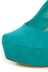 Jessica Simpson Waleo Aquadisiac Kid Suede Platform Pumps at Lulus.com!