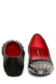 Shoe Republic LA Scion Black Spiked Cap-Toe Flats at Lulus.com!
