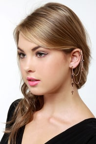 Wildfox Crossover Rose Gold Ear Cuff at Lulus.com!