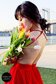 LULUS Exclusive Seeing Starlets Backless Red Dress at Lulus.com!
