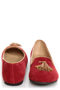 Bamboo Donovan 01 Red & Tan Tassel Smoking Slipper Flats at Lulus.com!