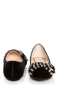 Bamboo Jayden 01 Black Belted and Studded Pointed Flats at Lulus.com!