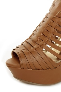 Bamboo Smooch 06 Chestnut Huarache Platform Wedge Sandals at Lulus.com!