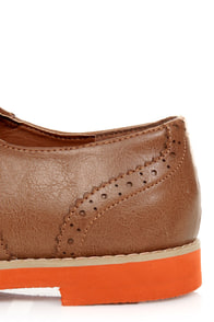 Bamboo Toureg 01 Tan Lace-Up Orange-Soled Oxfords at Lulus.com!