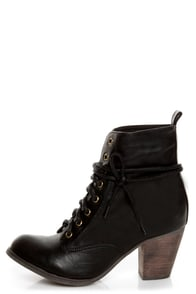 Chelsea Crew Detour Black Lace-Up Ankle Booties