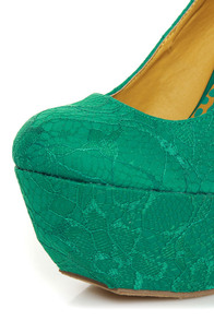 Dollhouse Allure Teal Lace Platform Pumps at Lulus.com!