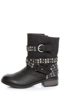 Dirty Laundry Showstopper Black Studded Motorcycle Boots at Lulus.com!