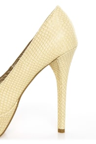 GoMax Eye Catcher 01 Natural Beige Snake Peep Toe Platform Pumps at Lulus.com!