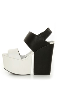 Matiko Amazee Black and White Platform Wedge-Meets-Heels at Lulus.com!