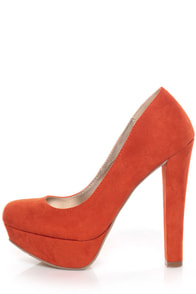 Qupid Marc 01 Orange Suede Platform Pumps