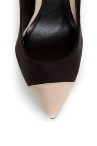 Qupid Potion 05 Black and Beige Cap-Toe Pointed Pumps at Lulus.com!