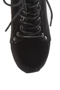 Qupid Puffin 06 Black Velvet Lace-Up Booties