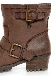 Qupid Reactor 01 Brown Belted Ankle Boots at Lulus.com!