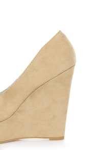 Qupid Worthy 01X Taupe Suede Platform Wedges at Lulus.com!