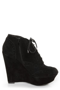 Qupid Worthy 27 Black Lace-Up Oxford Wedges at Lulus.com!