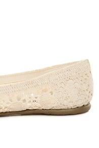 Soda Faddy Beige Crocheted Ballet Flats
