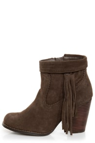 Sbicca Wynonna Taupe Tasseled Fringe Ankle Boots