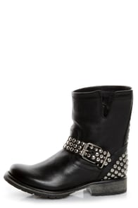 Steve Madden Fraankie Black Studded Ankle Boots at Lulus.com!