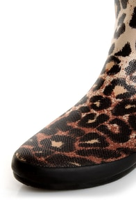 Volatile Raindrop Leopard Tan Animal Print Rain Boots at Lulus.com!