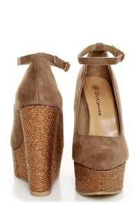 Diva Lounge Cibian 01 Taupe Pointed Glitter Platform Wedges at Lulus.com!