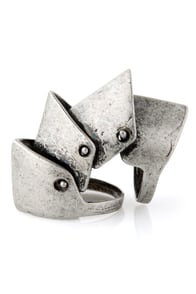 Shining Armor Knuckle Ring